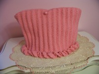 Pink Roses -----------Acrylic Knitted Tea Cozy
