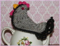 Gray/Pink/Black Chicken Pot Holder