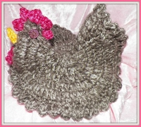 Taupe and white tweed chicken pot holder